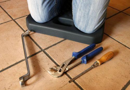 Knieschutzkissen PROFI - 2 Stück im Set als Knieschoner und Knieunterlage bei Bodenarbeiten