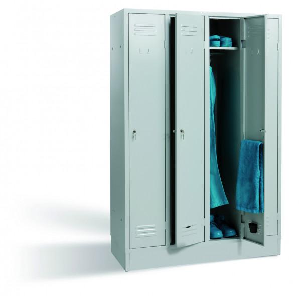 Garderobenschrank, 1800x910x500 mm, 3 Türen abschließbar, mit Sockel, Breite 910 mm, Zylinderschloss