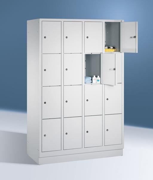 Fächerschränke mit Sockel, Breite 1220 mm, 16 Schließfächer übereinander je 300 mm breit, 3 Farben